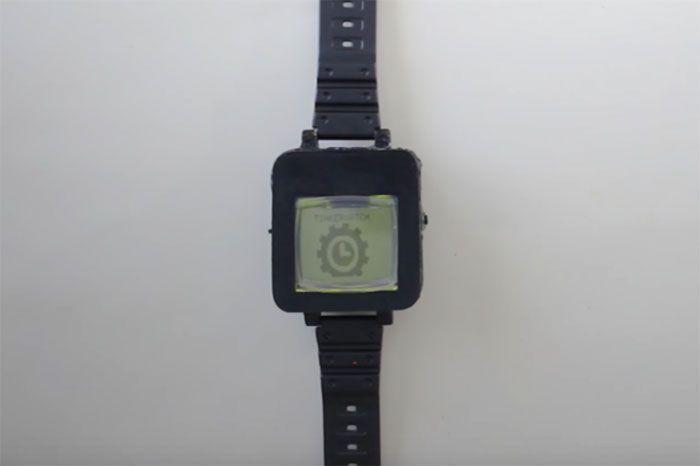 Nokia 1100 en un smartwatch